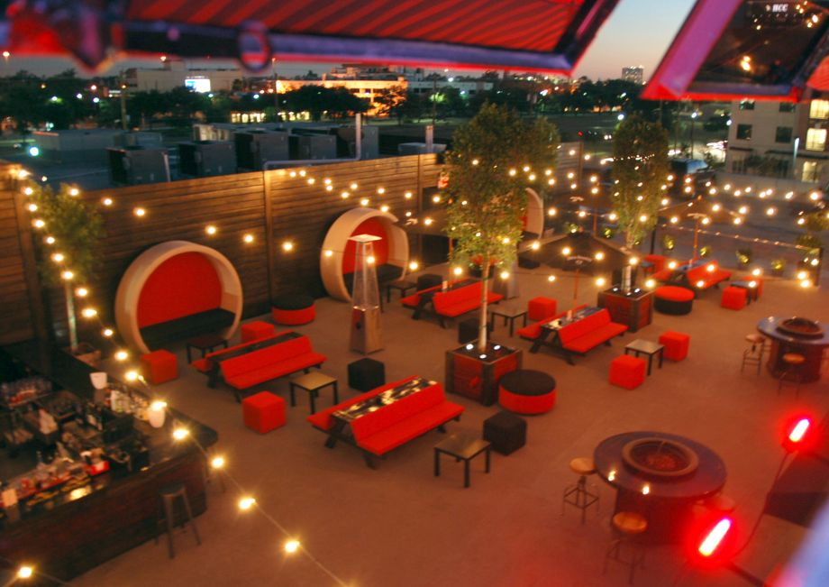 Proof Bar And Patio Houston Texas Midtown S Largest Patio